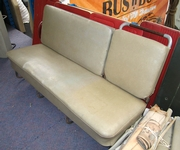 Splitty Middle Seat 01